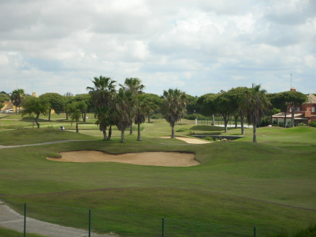 CHALET INDEPENDIENTE A PIE DE GOLF